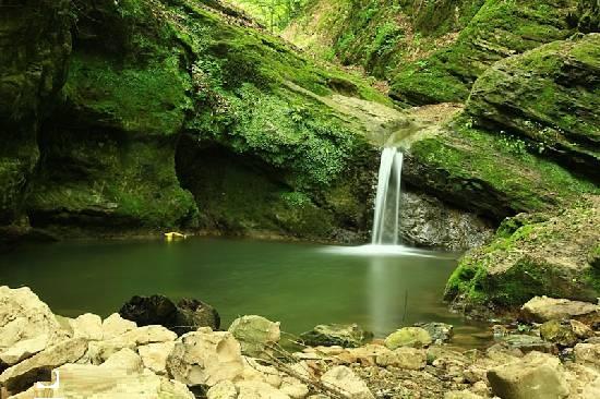 آبشار سنگ نو (سنگ نور)