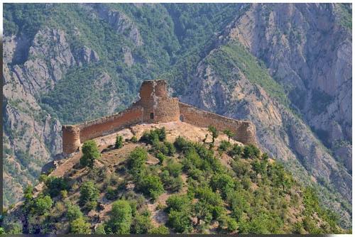 قلعه کنگلو نیایشگاه قدیم