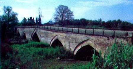 پل تاریخی آزان