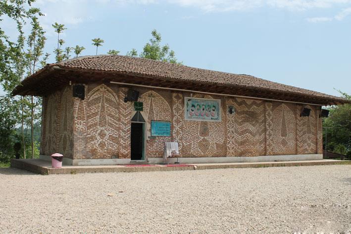 امامزاده سید صالح در روستای مله