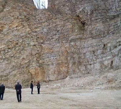 پلمپ یک واحد معدنی در نوشهر