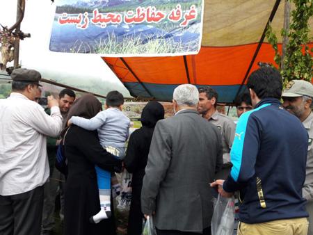 حضور غرفه حفاظت محیط زیست در دومین جشنواره گل محمدی دودانگه